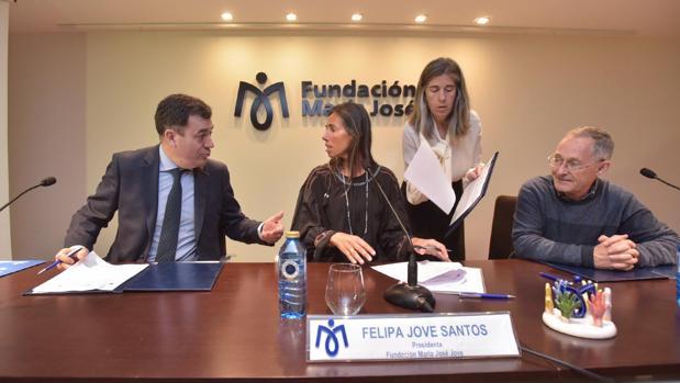 Román Rodríguez, Felipa Jove y Ángel Carracedo