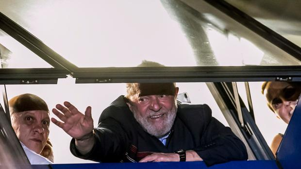 Lula da Silva es uno de los acusados de recibir sobornos de Odebrecht