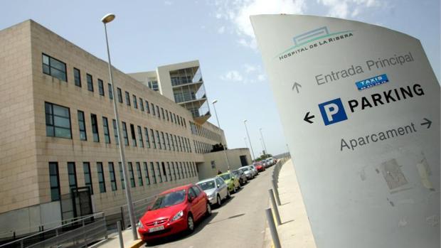 Acceso al Hospital de la Ribera en Alzira