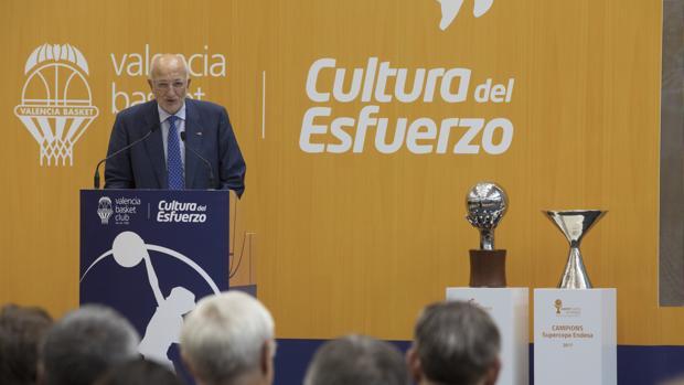 Imagen de Juan Roig tomada durante la presentación de l'Alqueria del Basket