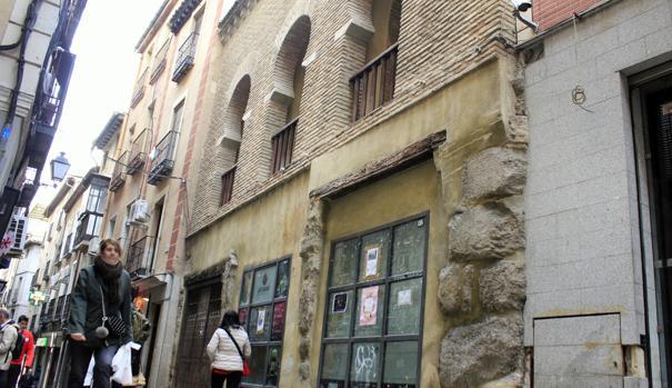 Fachada de la Mezquita de las Tornerías, en Toledo