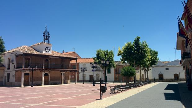 Plaza de Numancia de la Sagra, municipio de la provincia de Toledo