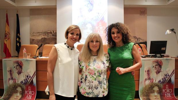 Raquel Troyano, Montse Bodas y Aurora González, durante la presentación de la película en Toledo