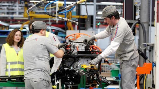 Cadena de montaje de la planta de PSA-Citroën en Vigo