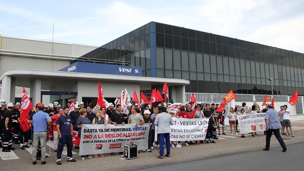 Cierre De GobiernoVestas Acuerdo El Sindicatos Y Entre Paliar Para n8vmw0N