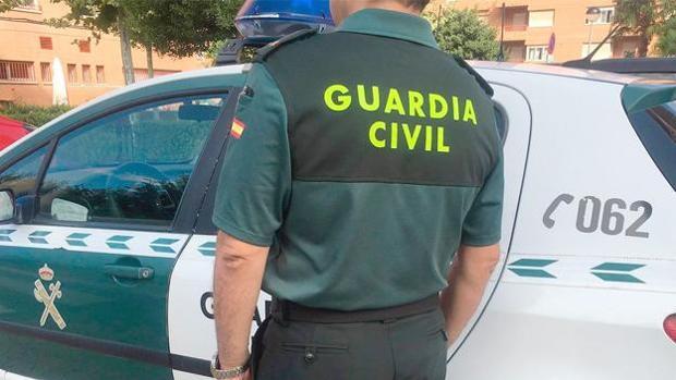 La Guardia Civil ha tenido que atender a una mujer olvidada en una gasolinera en la provincia de Zamora