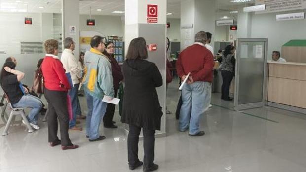 Al término del mes de octubre Castilla-La Mancha regiastró 172.162 parados