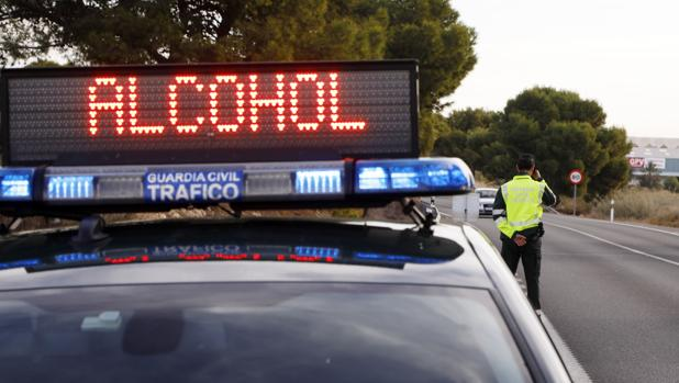 Control de alcoholemia de la Guardia Civil