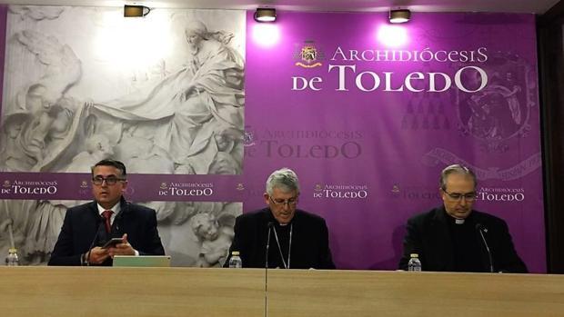 Un momento de la rueda de prensa del arzobispo de Toledo, Braulio Rodríguez