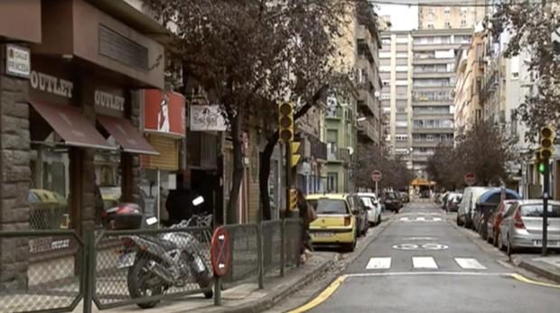 Lugar donde se produjo la reyerta y cayó mortalmente herido el joven Sami H., en la zaragozana calle Princesa