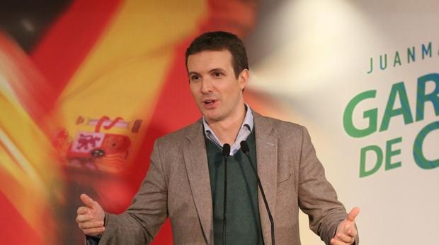 Pablo Casado, en un acto con personas mayores en Almería, en la campaña de las andaluzas