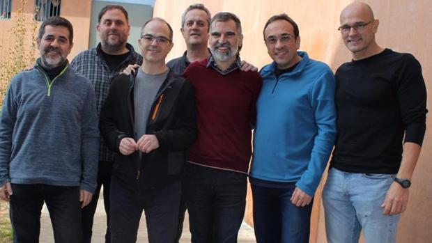 Los dirigentes independentistas presos en Lledoners, cuatro de ellos, en huelga de hambre