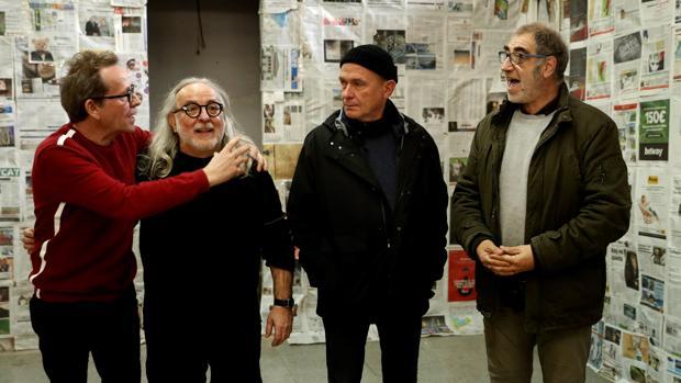 Los directores del grupo teatral La Fura dels Baus, Pep Gatell (i), Miki Espuma (2i) , Carles Padrissa (2d) y Pere Tantiñà (d), durante la presentación de la Fundación Épica,