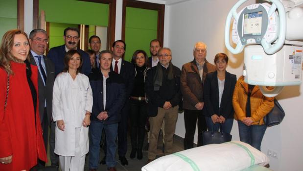 El consejero de Sanidad junto al alcalde de Quintinar, ha visitado el CEDT