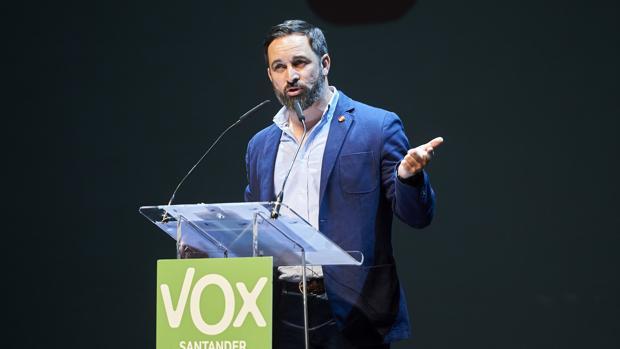 El líder de Vox, Santiago Abascal, esta semana durante un mitin en Santander