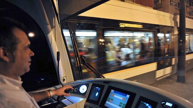 Imagen de una de las unidades del Metro de Valencia
