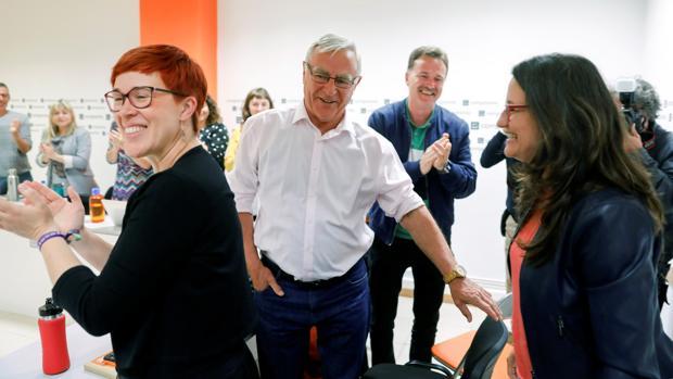 Imagen de Oltra y Ribó en la ejecutiva celebrada por Compromís este lunes en Valencia