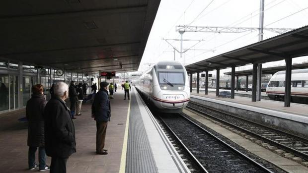 Un tren Alvia