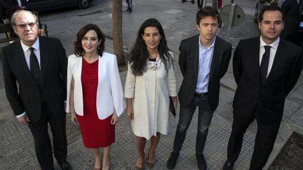 De izquierda a derecha: Ángel Gabilondo (PSOE), Isabel Díaz Ayuso (PP), Rocío Monasterio (Vox), Íñigo Errejón (Más Madrid) e Ignacio Aguado (Ciudadanos)