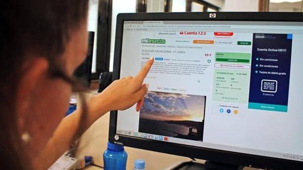 Los estafadores anuncian los pisos en conocidas webs