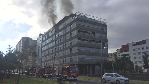 Imagen del incendio en Terrassa