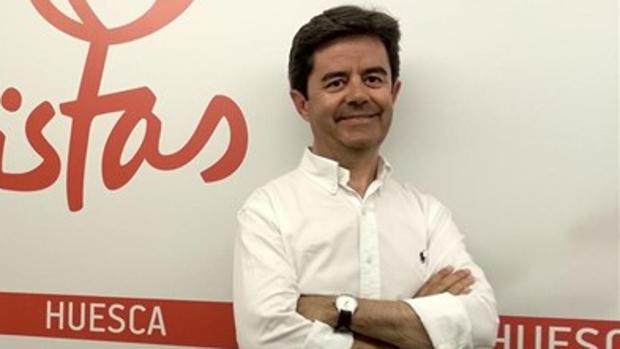 Luis Felipe (PSOE) ha mantenido la alcaldía de Huesca al no cumplirse el pacto de PP con Cs y Vox