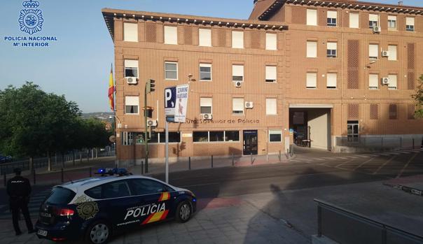 La Jefatura Superior de Policía, en la imagen, se encuentra en el mismo barrio donde el exhicionista ha sido detenido