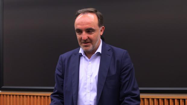 Javier Esparza en el Congreso de los Diputados