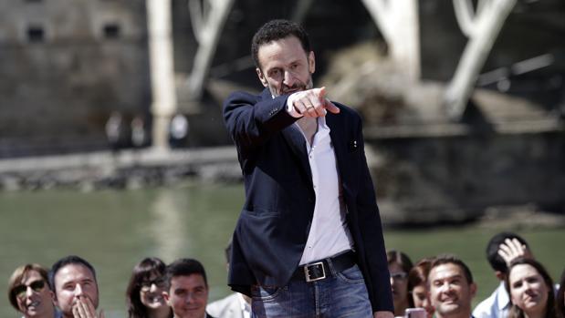 Edmundo Bal, en un mitin en Sevilla durante la campaña de las elecciones generales del 28 de abril
