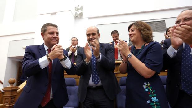 Page recibe el aplauso de sus compañeros de Ejecutivo