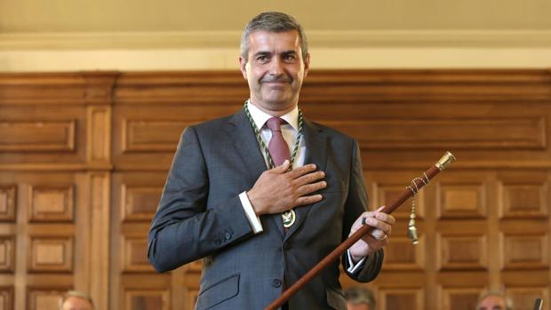 Álvaro Gutiérrez toma posesión como presidente de la Diputación de Toledo