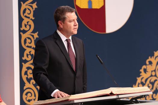 Emiliano García-Page jura su cargo como presidente de Castilla-La Mancha