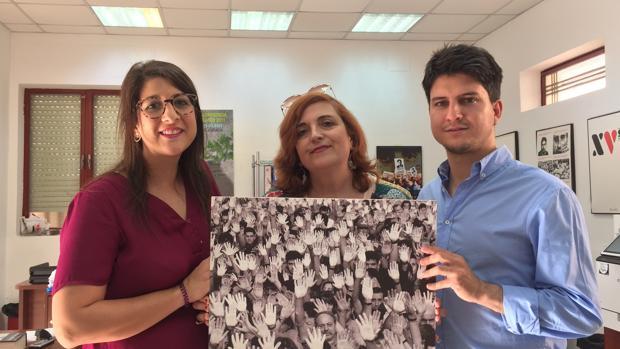 Marta Maroto, Cristina Cuesta y Diego Gago durante el anuncio de los actos para recordar la figura de Miguel Ángel Blanco