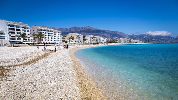 Imagen de la playa del Espigón de Altea