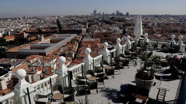 Terraza del Edificio España y vistas a la ciudad de Madrid