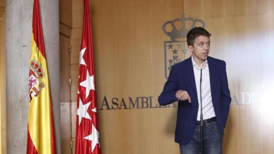 Teresa Rodríguez y Colau se separan de Iglesias en el Senado para unirse a Errejón