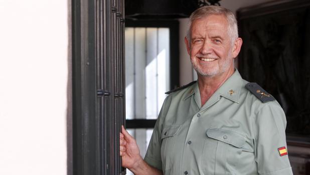 El general Llamas posa para una entrevista con ABC en julio de 2017, días después de llegar al cargo como jefe de la Guardia Civil en Castilla-La Mancha