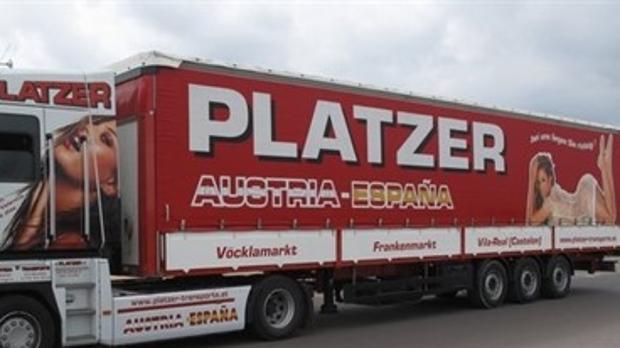 Imagen de la polémica publicidad en un camión de la compañía, en su página de Facebook