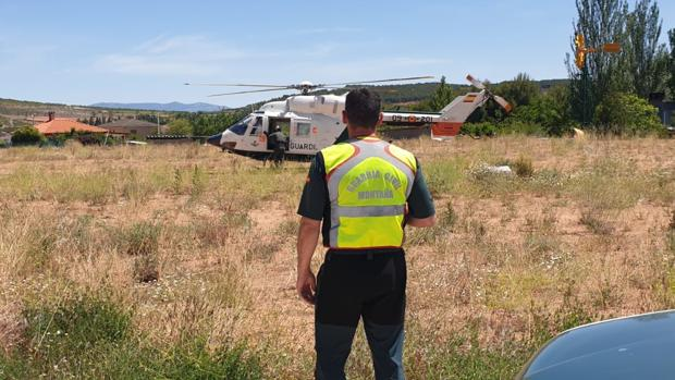 Durante días se realizaron intensos rastreos en busca de la mujer desaparecida, en los que también participaron las unidades aéreas de montaña de la Guardia Civil