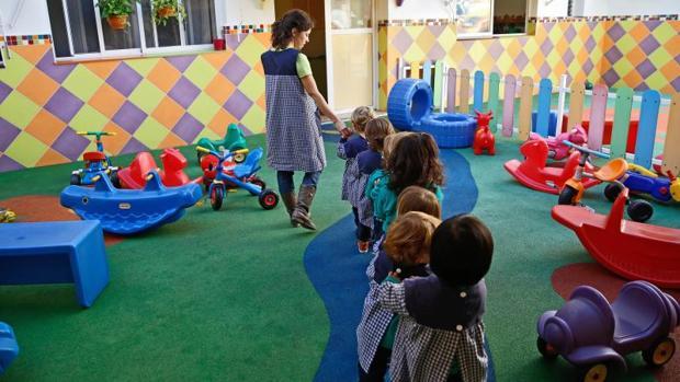 Niños en una escuela infantil de Valencia