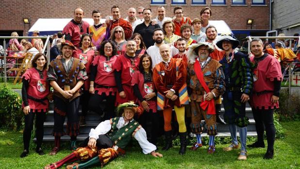 Representantes del Ayuntamiento de Torrijos y de la sociación belga de los actos celebrados este mes