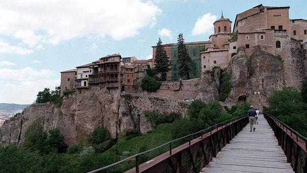 Las Casas Colgadas en Cuenca, declarada Patrimonio de la Humanidad por la UNESCO