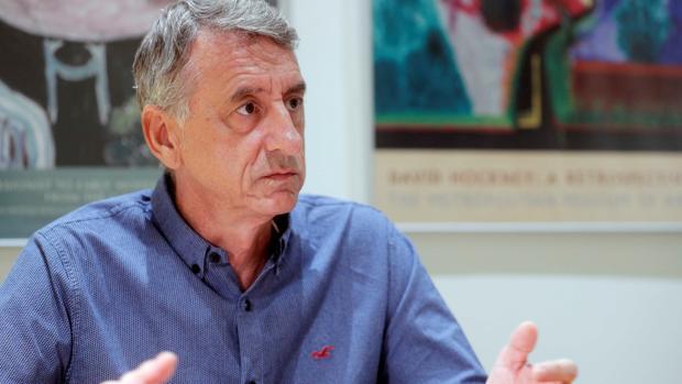 El psicólogo clínico y emergencista Mariano Navarro Serer, durante la entrevista