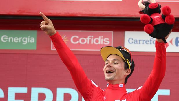 El líder de la Vuelta a España, Primo Roglic, este jueves en Becerril de la Sierra