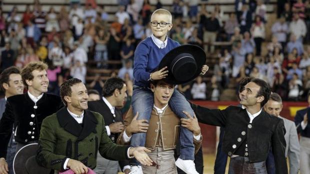 Adrián Hinojosa, el día de la corrida de toros benéfica en Valencia