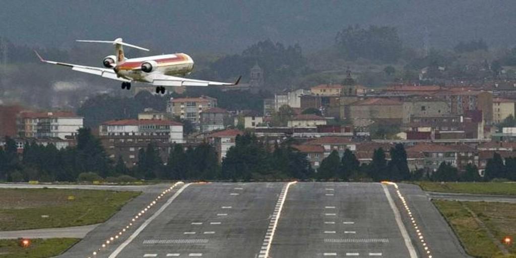 Sancionan a un hombre por deslumbrar con un puntero láser a aviones a su paso por Miranda de Ebro
