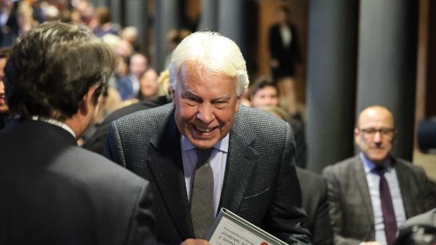 Felipe González, expresidente del Gobierno, en Zaragoza