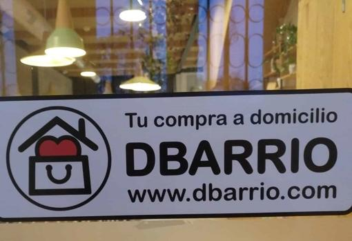 El restaurante orgánico Amodo, otro de los establecimientos con la pegatina de DBarrio en su escaparate