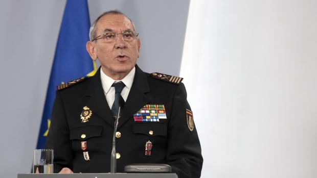 José Ángel González, en rueda de prensa en La Moncloa