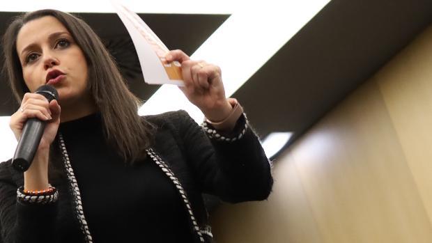 Inés Arrimadas avisa: «El Gobierno no puede dar por hecho que todo ...